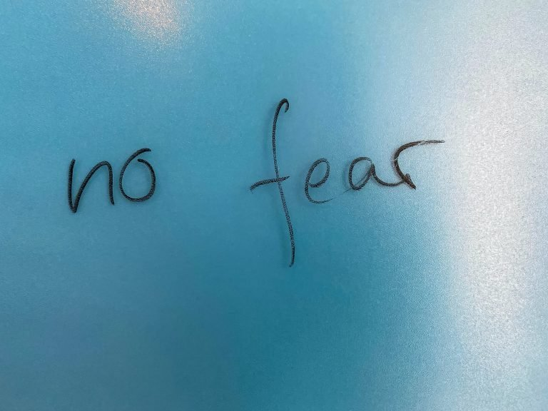 It is light blue and says no fear.